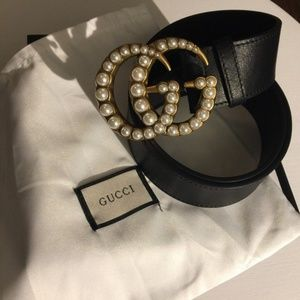 Hello double G pearl buckle Gucci belt😊